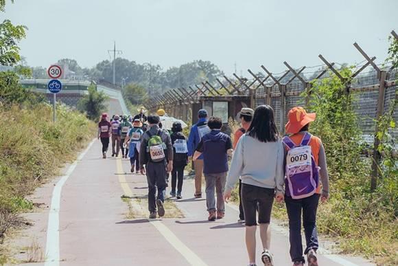 [CNB NEWS] 경기관광공사, 오는 24일 평화누리길 걷기행사 개최.jpg